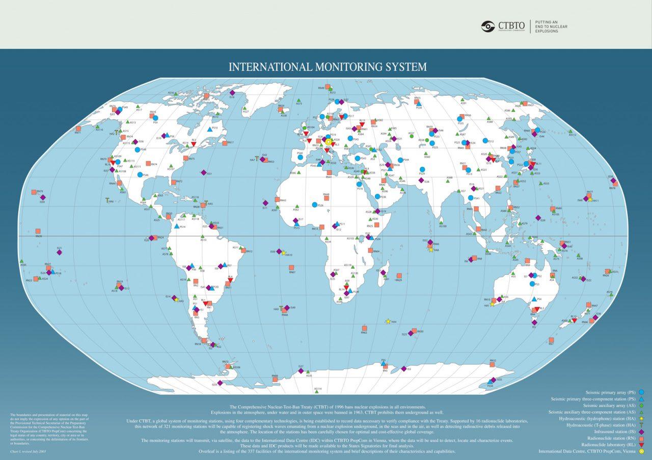 Az IMS állomáshálózata. Az infrahangállomásokat lila négyzetek jelölik. (forrás: [1])