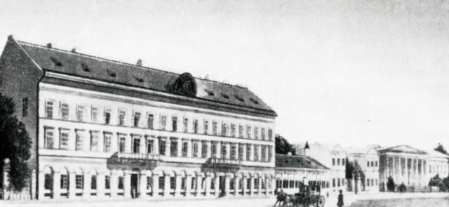 A Kunewalder ház (a mai Múzeum körúton), itt volt a szülészeti klinika